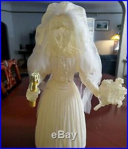 2004 Rare Bride Big Fig LE 150 Disney Haunted Mansion Black Widow