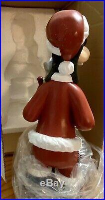 2006 DISNEY SHOPPING Present SANTA GOOFY CHRISTMAS GARDEN STATUE BIG FIGURE RARE
