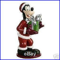2006 Disney Shopping Santa Goofy Christmas 17 1/2 Garden Statue Big Figure Rare