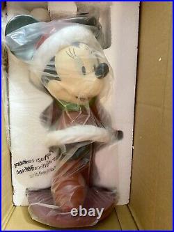 2006 Disney Shopping Santa Minnie Mouse Christmas Garden Statue Big Figure Rare