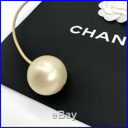 Chanel Authentic SS 15 Big Pearl Collection Gold Wire Hoop Belt Adjustable Rare