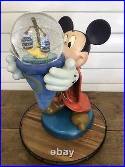Disney Big Fig Snow Globe Sorcerer Mickey Mouse Rare LE Statue Figurine