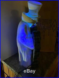 Disney Haunted Mansion HATBOX GHOST big figure tombstone lights 2 FEET tall RARE