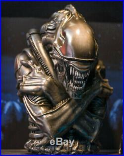 Extremely Rare! Aliens Alien Ceramics Big Cookie Jar Figurine Statue
