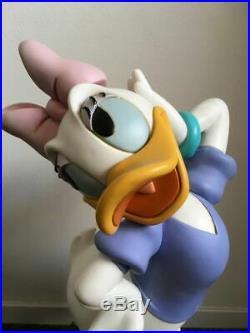 Extremely Rare! Walt Disney Donald Duck Daisy Definitive Big Figurine Statue