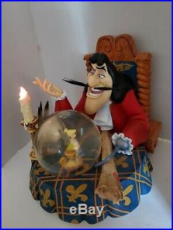 Extremely Rare! Walt Disney Peter Pan Captain Hook Big Figurine Statue Globe