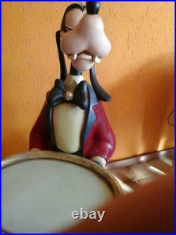 Goofy butler waiter statue figure life size big fig rare Disney store display