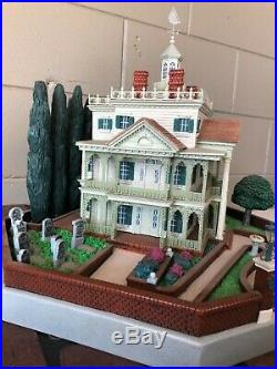 Rare Haunted Mansion Big Fig 2004 Disneyland Disney Exclusive not prop sign