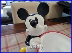 Rare Walt Disney World Mickey Mouse Server Big Fig Statue