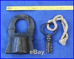 Very Rare Big Russian VINTAGE WORKING XIX century PADLOCK with Original Key
